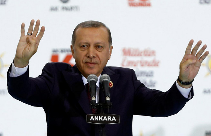 Президент Эрдоган призвал турков в Германии голосовать против Ангелы Меркель