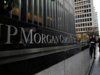 Прибыль банка JPMorgan упала на 37%