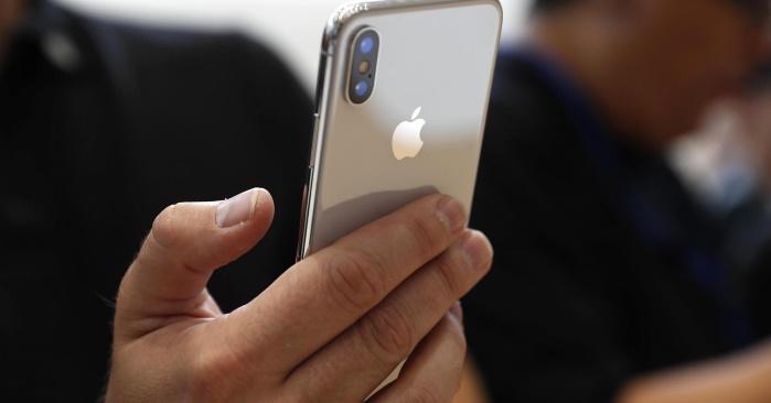 Продажи iPhone X обрушили акции компании Apple на $20 миллиардов