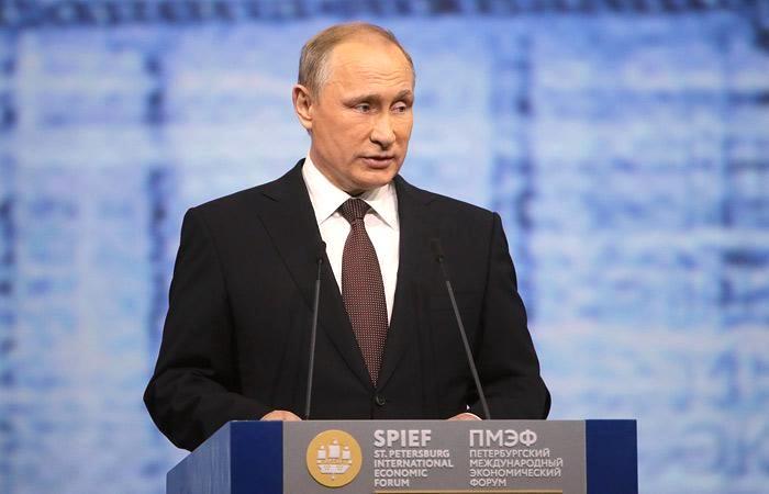 Проблемы в глобальной экономике остаются, - Владимир Путин