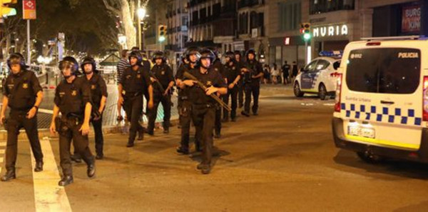 Пять подозреваемых террористов, убиты после двойного нападения в Испании
