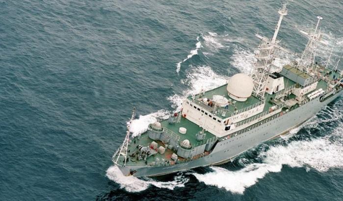 Разведывательный корабль ВМФ России «Виктор Леонов» подошел к берегам США
