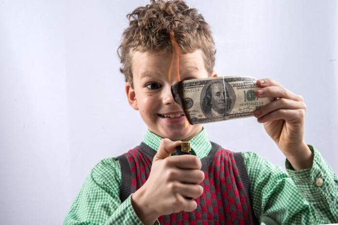 Ребенок, деньги, алименты, государство, должник, неуплата, алиментщик, мать, отец