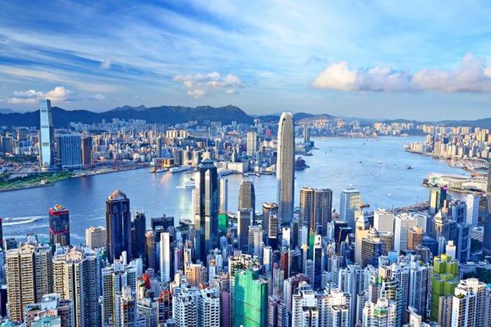 Рейтинг конкурентоспособности 2017: Гонконг - лидер, Украина опустилась на 60 место из 63