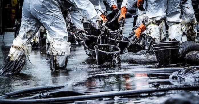 Рекордные запасы нефти обнаружили геологи США