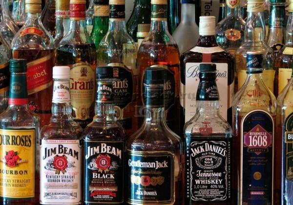 Резко сократился ввоз алкоголя в Россию