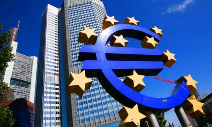 Результат референдума в Италии: евро упал до 20-месячного минимума