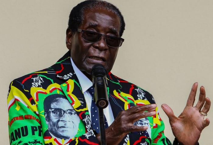 Роберт Мугабе ушел в отставку