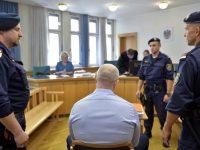 России не выдали обвиняемого в 60 убийствах из-за обнаруженной аэрофобии