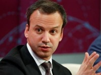 Россия отдаст японцам контрольные пакеты акций по добыче нефти, — Дворкович