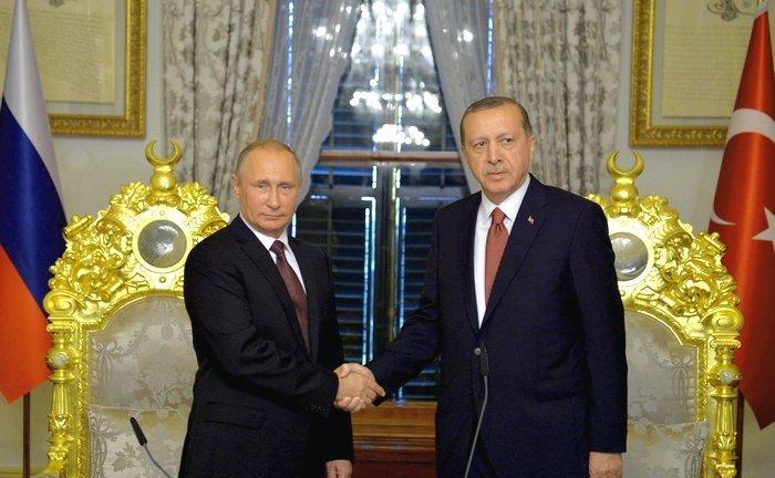 Россия снимает эмбарго на фрукты из Турции