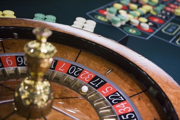 Как заработать на рулетке в онлайн казино игровые аппараты резедент бесплатно