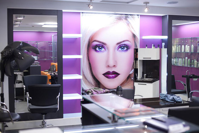 Как открыть популярный салон красоты?
