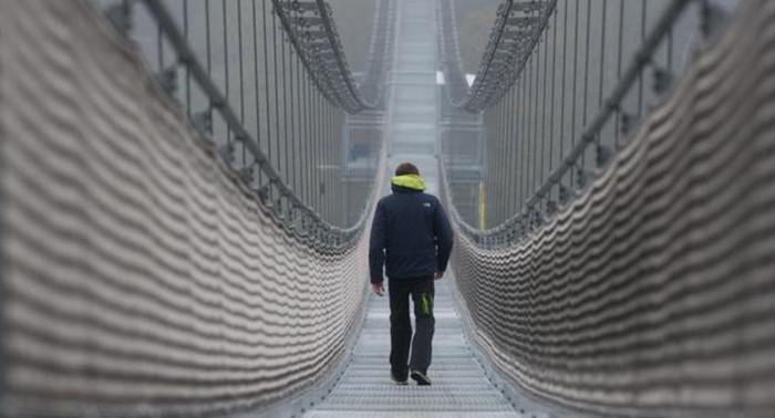 Самый длинный пешеходный мост открыт в Германии