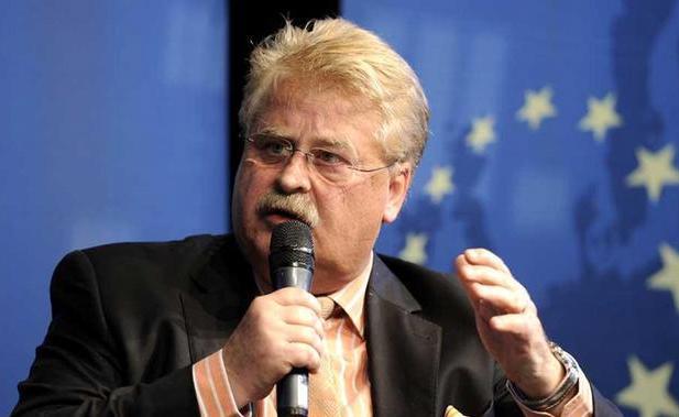 Санкции против России могут продлить сразу на год, - комитет Европарламента