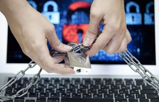 СБУ заблокировала в Украине 30 сайтов террористов