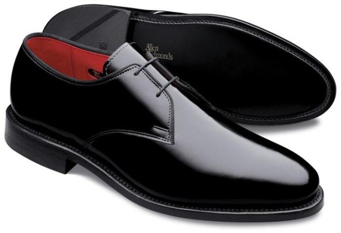 Бизнес-идея: продажа брендовой мужской обуви