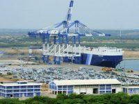 Шри-Ланка планирует продать свой порт для погашения долга перед Китаем