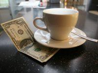Сколько чаевых оставляют щедрые американцы