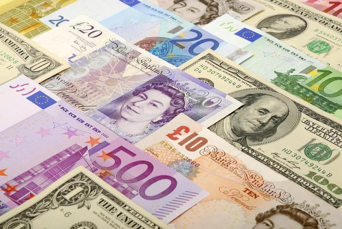 Снижение стоимости облигаций США пошатнуло позиции доллара