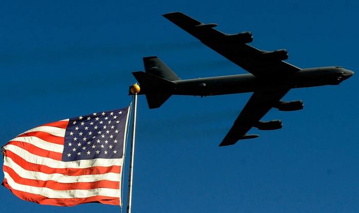 Соединенные Штаты устанавливают круглосуточное дежурство ядерных бомбардировщиков