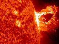 Солнечная вспышка вызовет на Земле сильную магнитную бурю