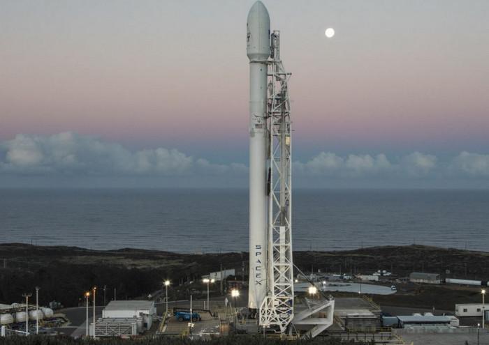 SpaceX успешно вывел на орбиту 10 спутников Iridium