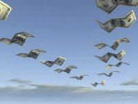 Специалисты спрогнозировали увеличение оттока капитала из России