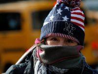 США: из-за морозов погибли 8 человек, школы закрыты