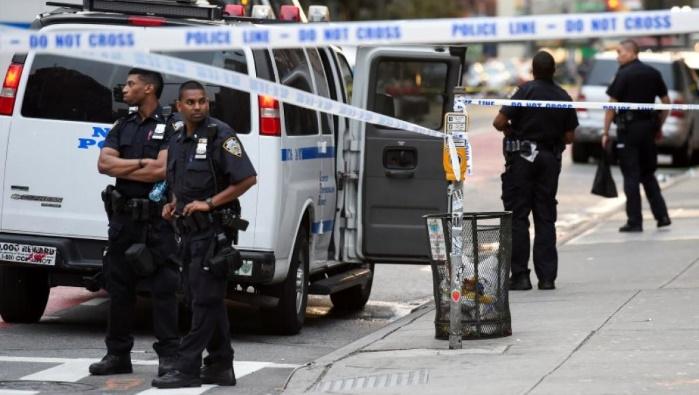 США: машина въехала в протестующих против ультаправых