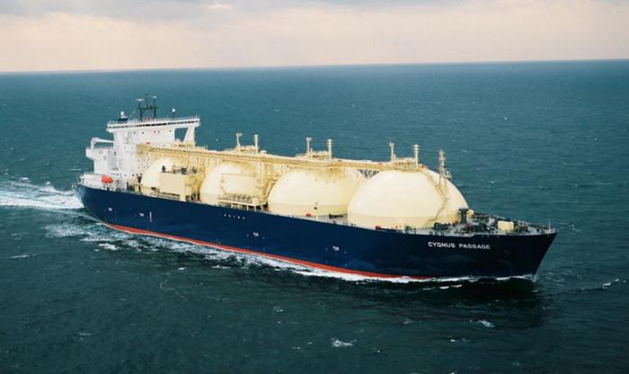 США начали поставки сланцевого газа в Японию