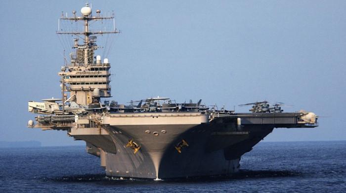 США направили две ударные морские группы в Тихий океан