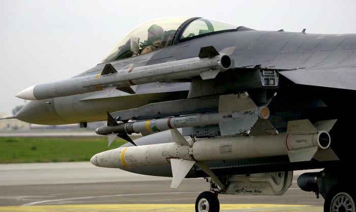 США одобрили продажу ракет средней дальности ЯпонииСША одобрили продажу ракет средней дальности Японии