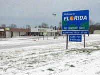 США: впервые за 28 лет во Флориде выпал снег