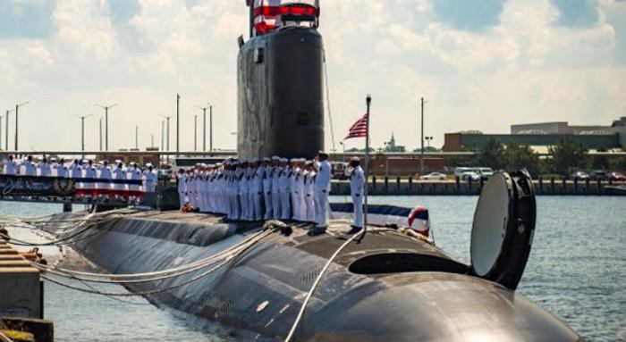 """США запускают новейшую подводную лодку с технологией """"стелс"""""""