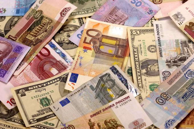 Стали известны 5 главных рисков для финансового рынка на 2017 год