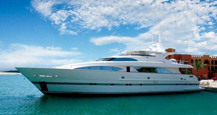 Стало известно, почему богатые китайцы не покупают дорогие яхты