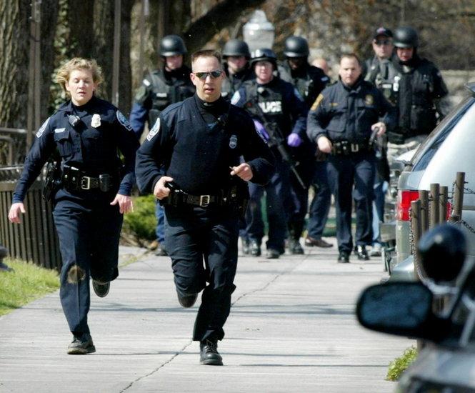 Стрельба в США:полиция ликвидировала преступника в больницегорода Бейкерсфилд
