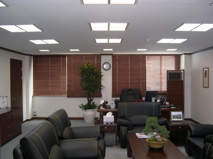 Идея для бизнеса: продажа офисных светодиодных светильников