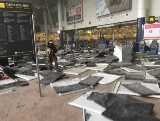 Взрывов в аэропорту Брюсселя могло быть больше - не все бомбы взорвались