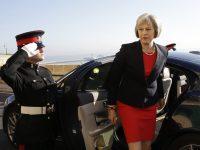 Тереза Мэй извинилась за сбои в работе службы здравоохранения Великобритании