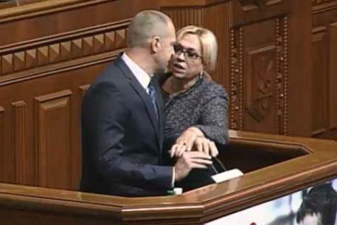 Народный депутат Тетерук якобы ударил бутылкой Кужель - как это было