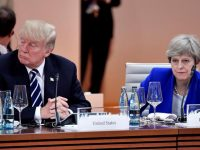 Трамп отменил свой визит в Великобританию