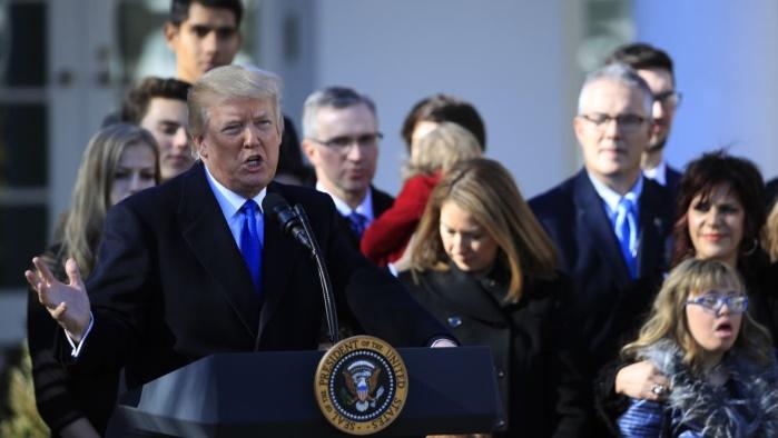 Трамп поддержал противников абортов в США