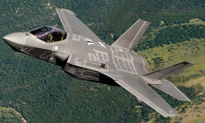 Трамп сокращает на $600 млн закупки истребителей F-35