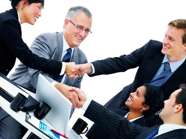 Альтернативы доставки сотрудников личным транспортом