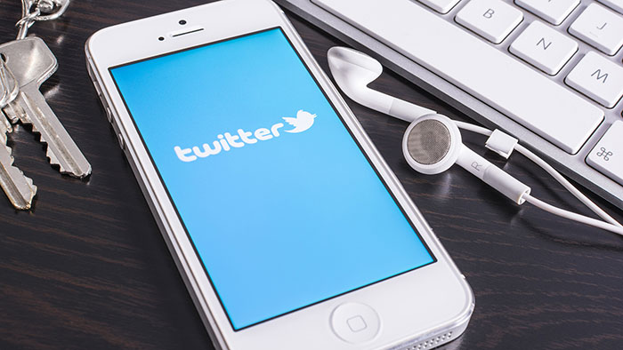 Акции Twitter подорожали на 8% из-за фейковой новости
