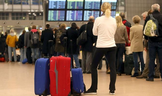 Тысячи пассажиров Delta сидят в аэропортах из-за сбоя компьютерной системе