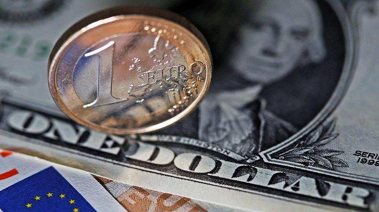 У евро максимальная стоимость с января 2015 года