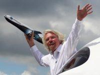 У компании Virgin Galactic купили 900 билетов в космос